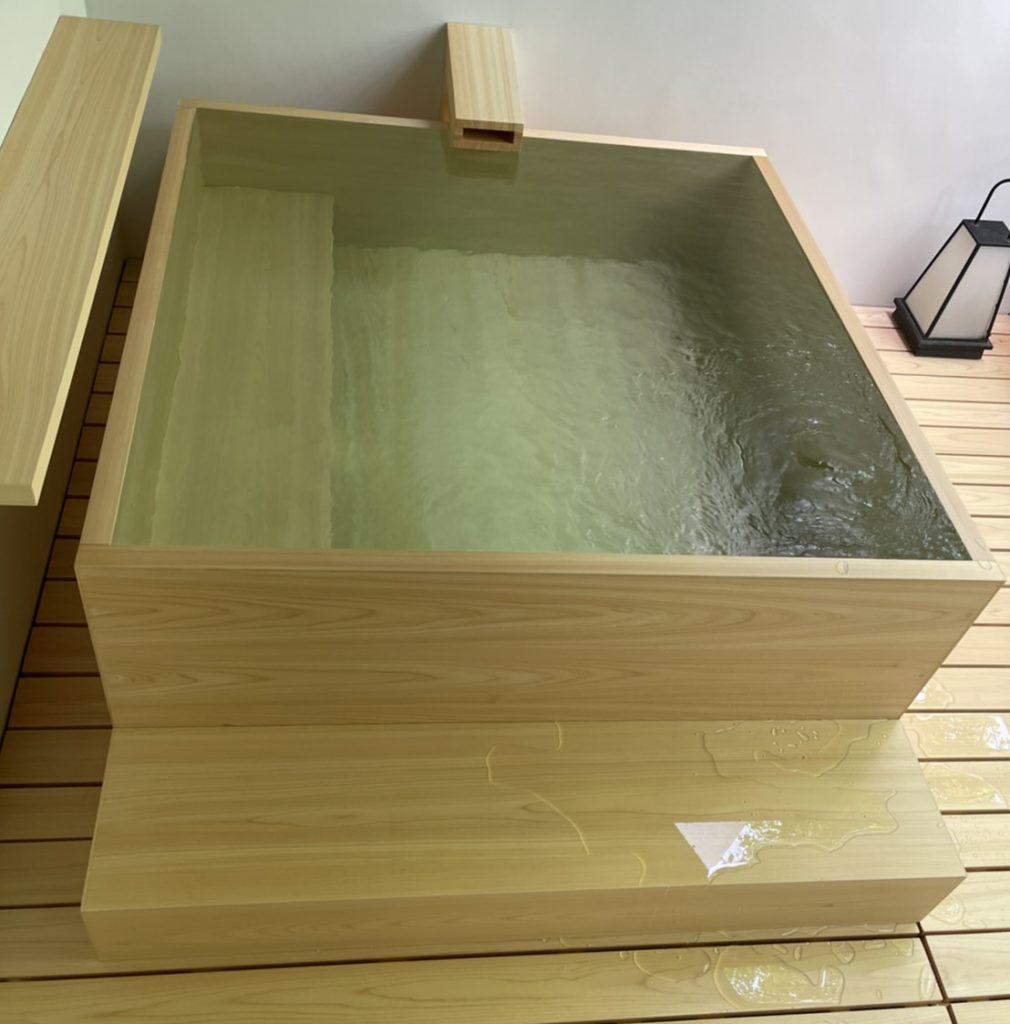 檜浴槽現場組立